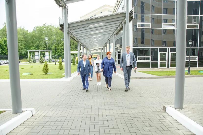 Представители администрации городского округа Солнечногорск посетили с рабочим визитом НИИ реабилитологии ФНКЦ РР